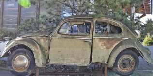 vw-beetle-rusty